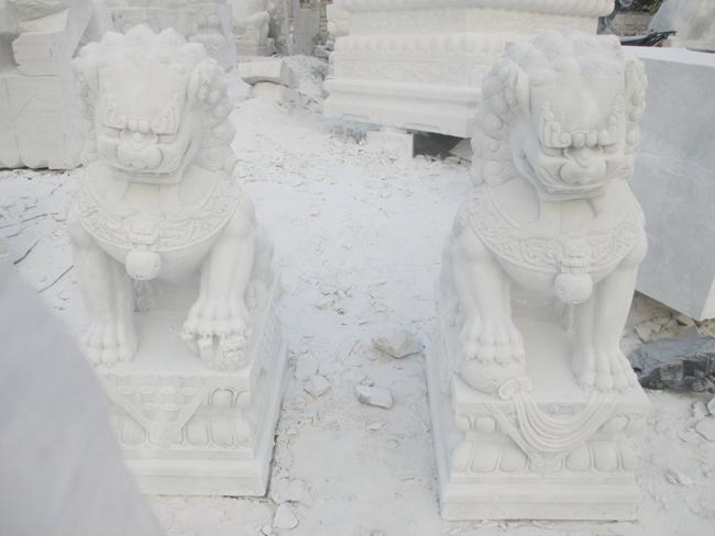 汉白玉石狮子 (1)
