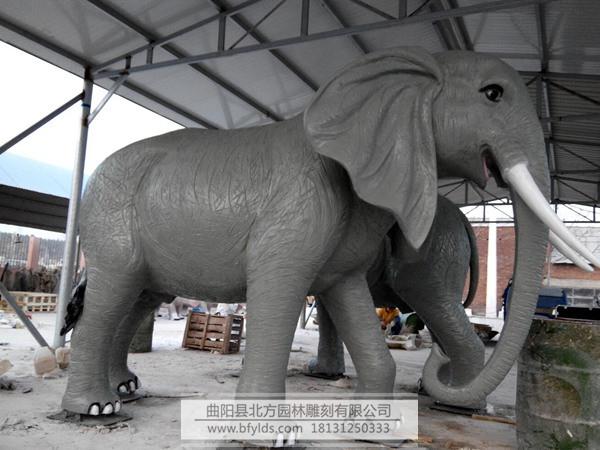 玻璃钢动物雕塑